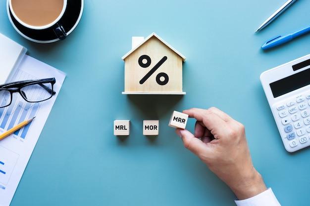 Immobilienzins, finanzierungsdarlehensoption. investitionsplanung. geschäftsimmobilien.