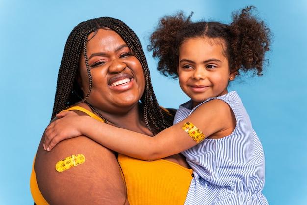 Impfkampagne gegen covid-19 (coronavirus) in einer klinik