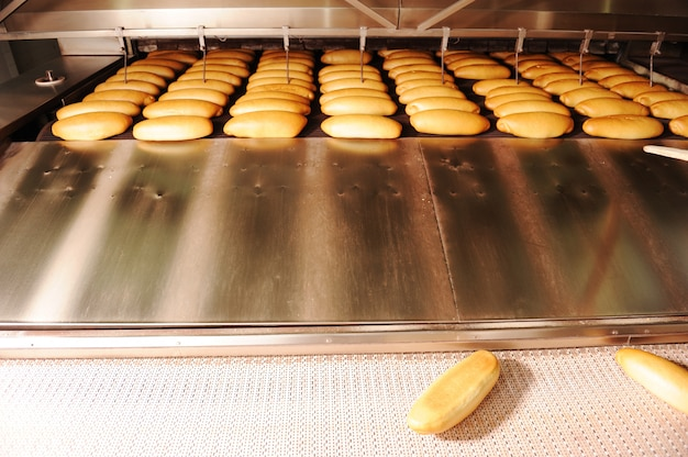 In brotbäckerei, lebensmittelfabrik