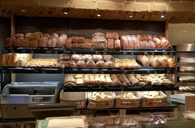 In der bäckerei gebackenes brot