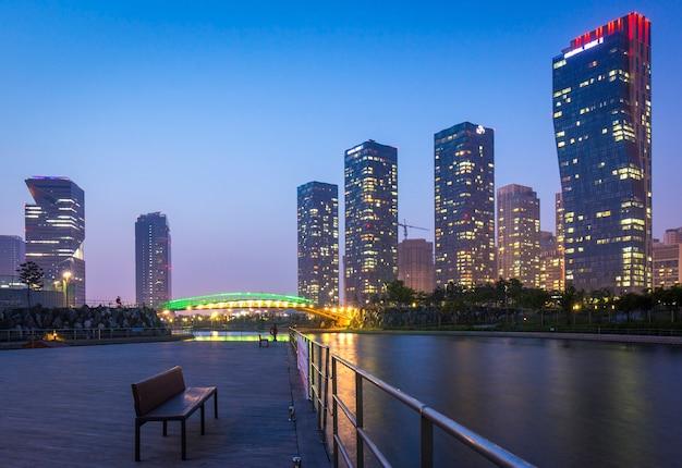 Incheon, südkorea - 26. november 2014: songdo central park im bezirk songdo, incheon südkorea.