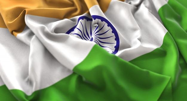 Indien-flagge gekräuselt schön winken makro nahaufnahme schuss