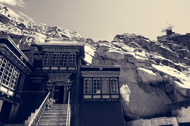 Indien rocky terrain hill gebäude
