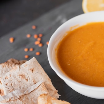 Indische traditionelle suppe der nahaufnahme