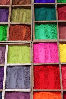 Indisches farbpulver