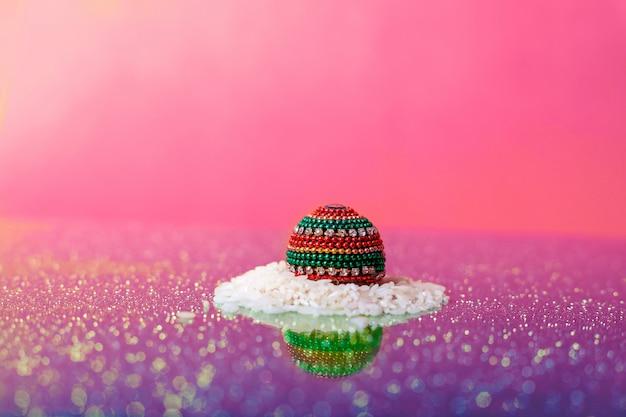 Indisches festival dussehra, blatt und reis