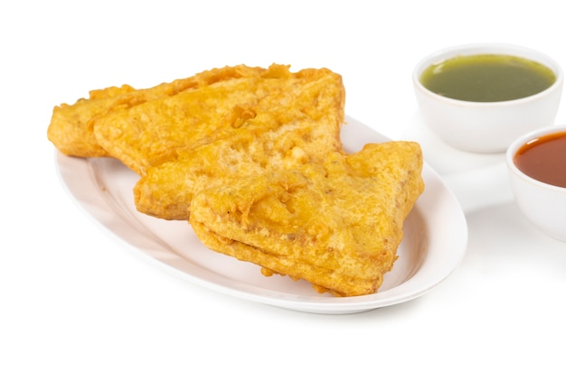 Indisches populäres tee-zeit-snack-brot pakoda