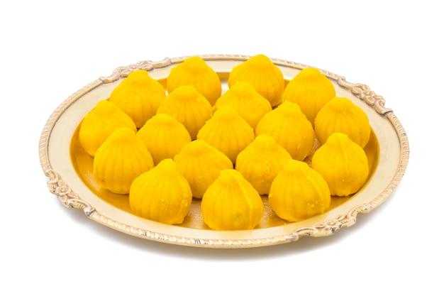 Indisches süßes essen modak
