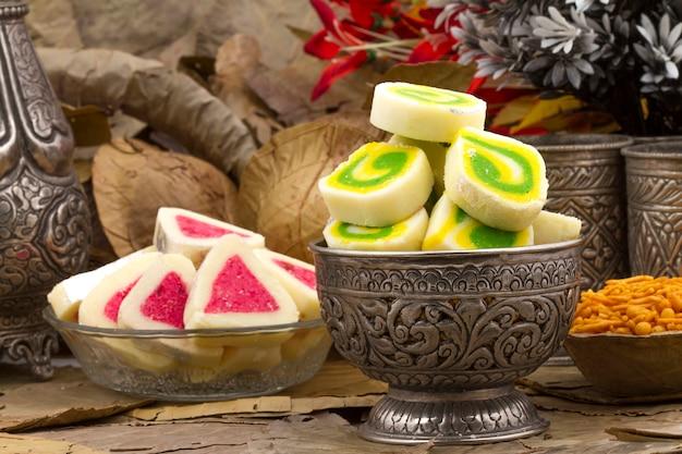 Indisches süßes essen peda
