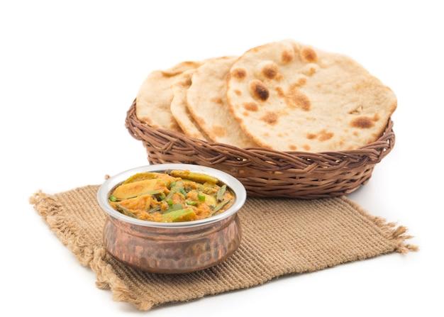 Indisches traditionelles gemüse jaipuri gemüse