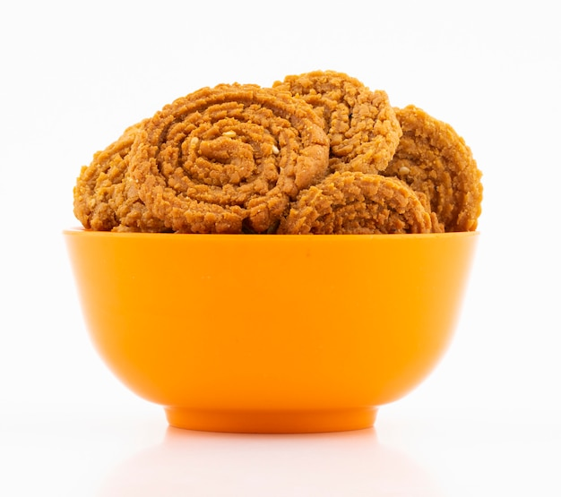 Indisches traditionelles snack chakli