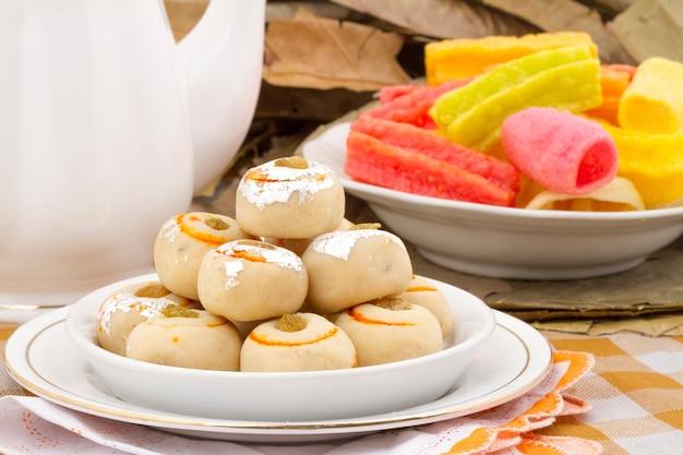 Indisches traditionelles süßes lebensmittel peda