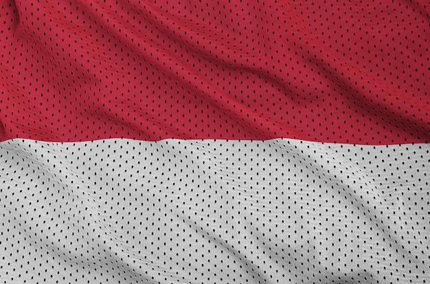Indonesien flagge gedruckt auf einem polyester-nylonnetz