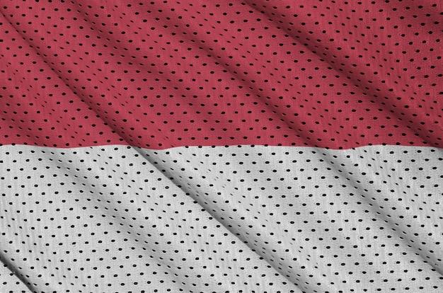 Indonesien-flagge gedruckt auf einem sportswear-netzgewebe aus polyester-nylon