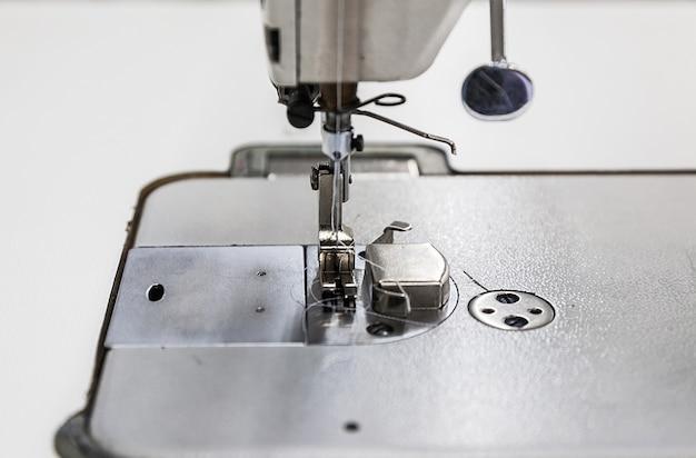 Industrielle nähmaschine