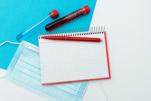 Infektionsmedizin präsentieren, medizinische informationen sammeln, wichtige hinweise schreiben, vorbeugende maßnahmen planen, heilmittel vorbereiten, schutzkleidung tragen