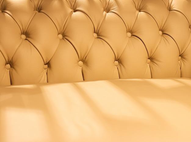 Innenarchitektur der wohnkultur und luxusmöbelhintergrundsofa und kissendetail