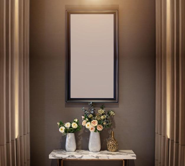 Innendekorationwand mit blume auf keramischem vase- und fotorahmen