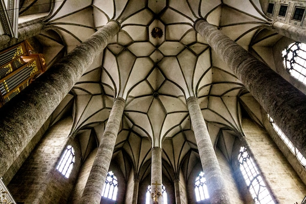 Innenraum der kirche in salzburg, österreich