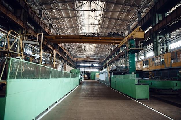 Innenraum der turbinenfertigungsfabrik