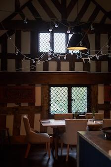 Innenraum des kürzlich renovierten englischen landhäuschens