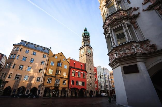 Innsbruck stadtzentrum in der alten stadt innsbruck, tirol, österreich
