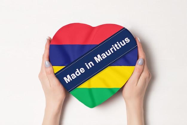 Inschrift made in mauritius die flagge von mauritius.
