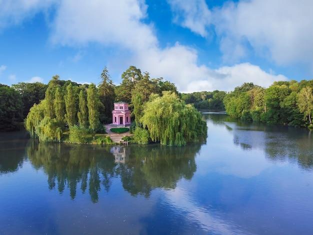Insel der liebe sofia park pavillon auf der insel