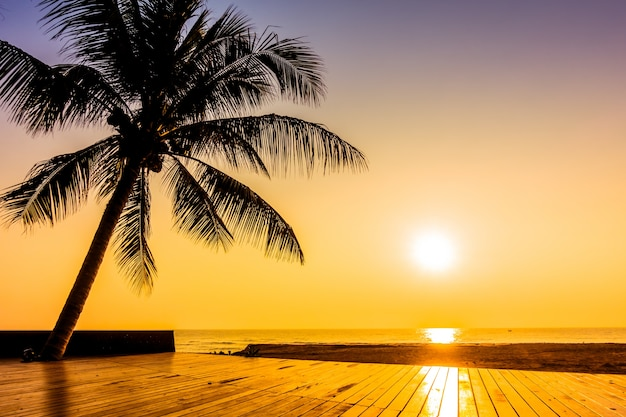 Insel tropischen reise jahrgang himmel