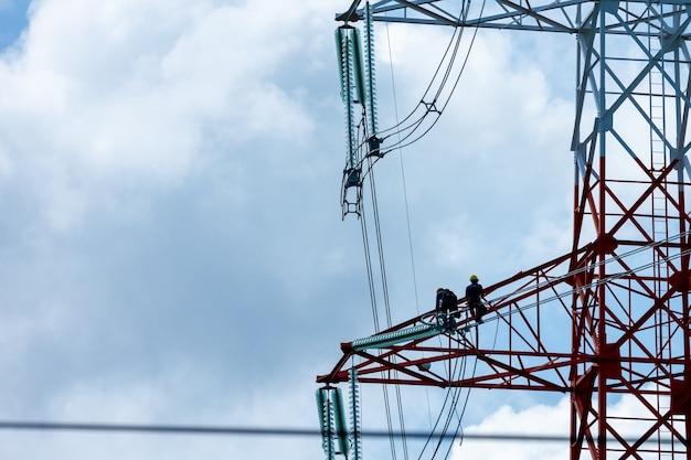 Installationsänderung elektrische hochspannungskabel