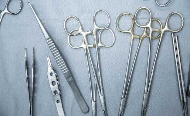 Instrumente für chirurgische instrumente