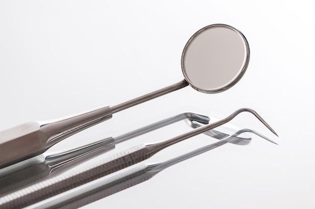 Instrumente für zahnärzte