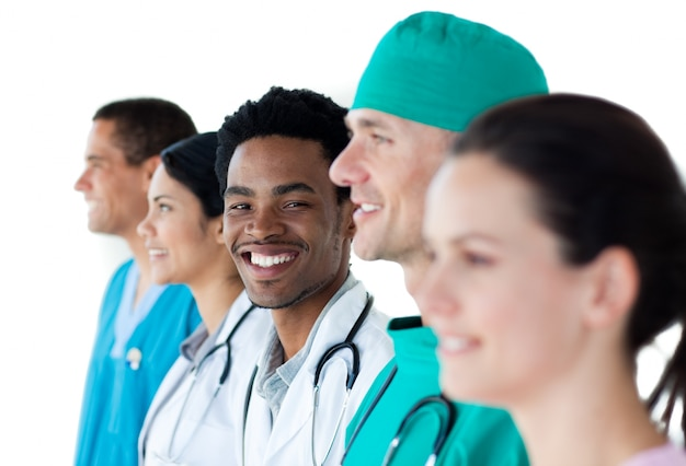 Internationale medizinische gruppe, die zusammen steht