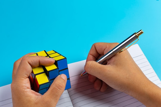 Internationales alphabetisierungskonzept mit lernwerkzeugen