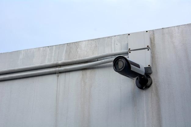 Ip-kamera an der wand