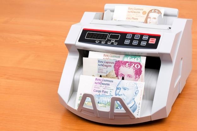 Irland republik pfund in einer zählmaschine