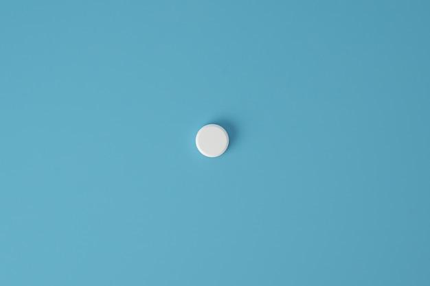 Isolierte medizinpille mit kopierraum