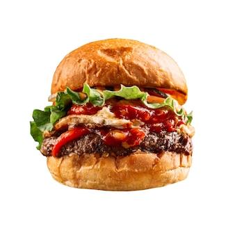 Isolierter gegrillter amerikanischer burger mit ketchup