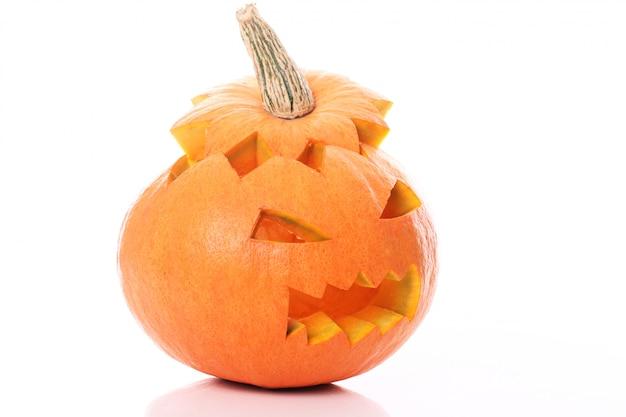 Isolierter halloween-kürbis