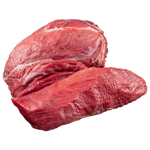 Isoliertes rohes ungekochtes rinderfilet-rumpffleisch auf weiß