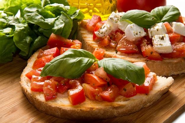 Italienische bruschetta