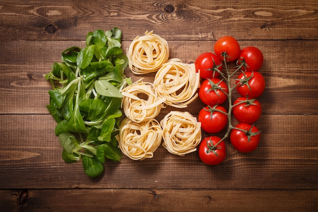 Italienische flagge des bestandteillebensmittels