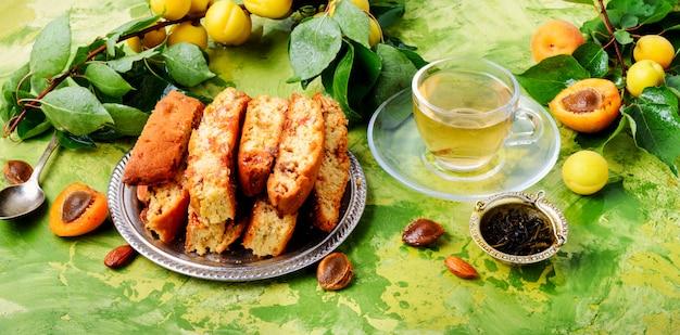 Italienische mandelbiscotti