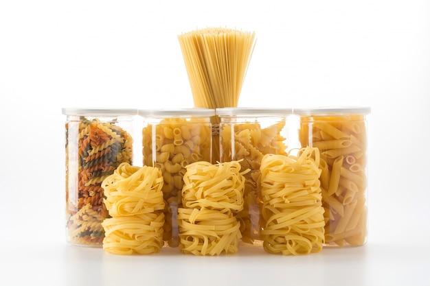 Italienische spaghetti pasta trockenfutter