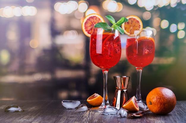 Italienischer aperol spritz cocktail