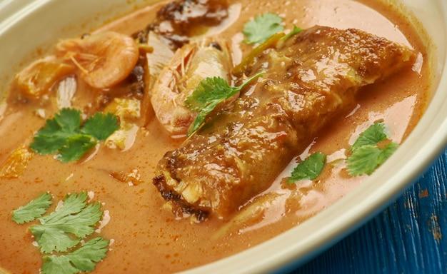 Jamaican makrele run down, eintopfgericht in der jamaikanischen küche und der tobago-küche.
