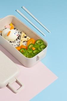 Japanische bento-box-anordnung