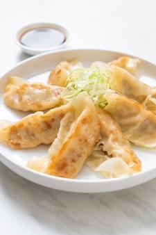 Japanische gyoza oder knödel snack