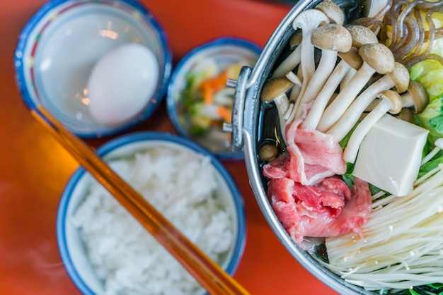 Japanische hot sukiyaki
