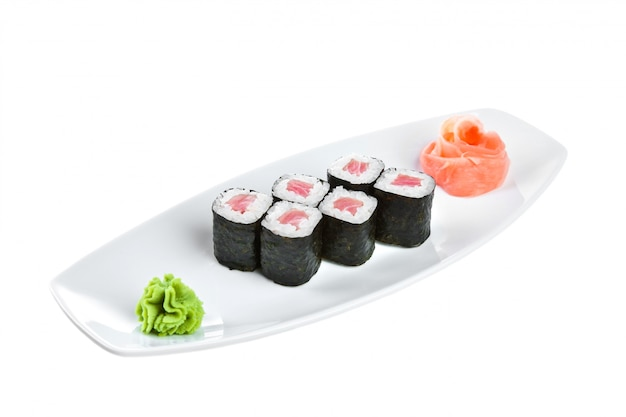 Japanische küche - sushi (tekki maki roll)